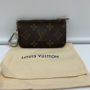 💯Auth Louis Vuitton VTG Cles